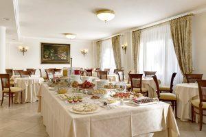 colazione hotel villa cattani stuart  17