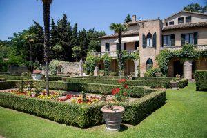 giardino all'italiana di Villa Cattani Stuart visitabile a Pasqua a Pesaro