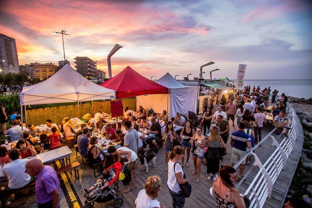 il festival del cibo di strada si terrà a Pesaro il 16-17-18 Giugno