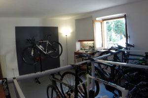 Deposito biciclette interno della bike room