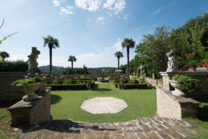 Veduta del giardino di VIlla Cattani Stuart